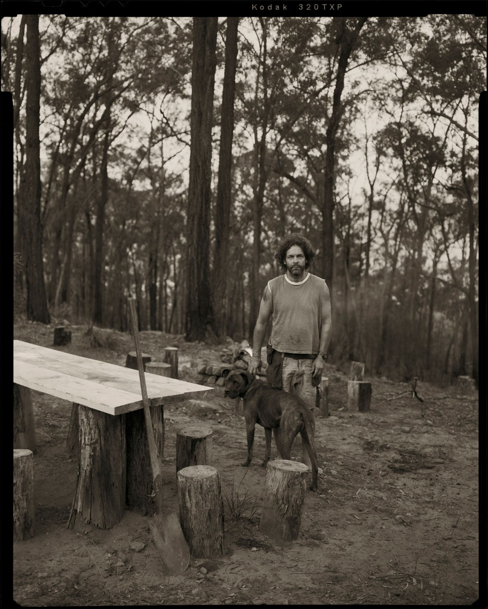 photographer-ingvar-kenne-on-his-bushland-property-with-his-dog