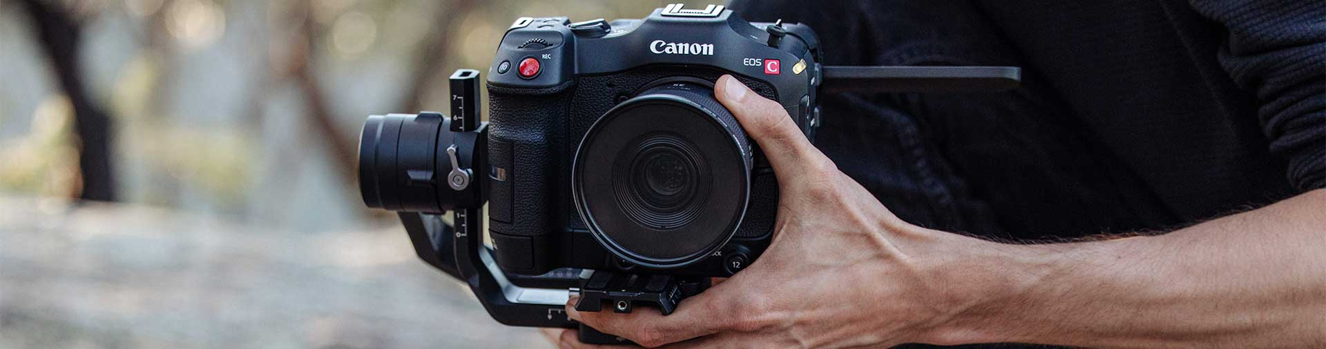 the-canon-eos-c70-with-lens-on-gimbal-hand-focusing