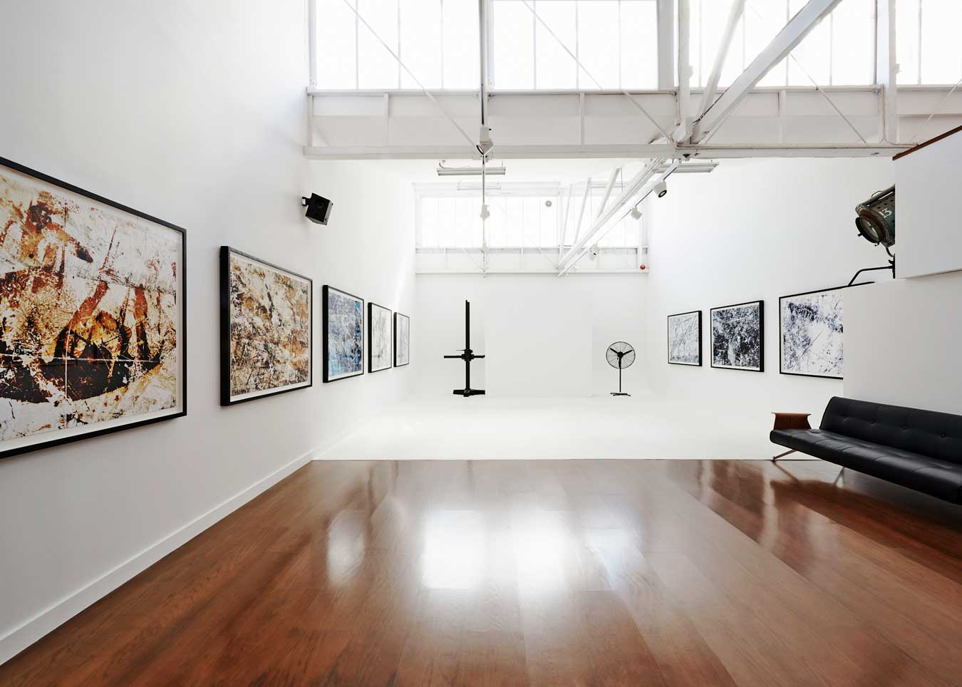 isamu-sawas-studio-and-exhibition-space-in-melbourne