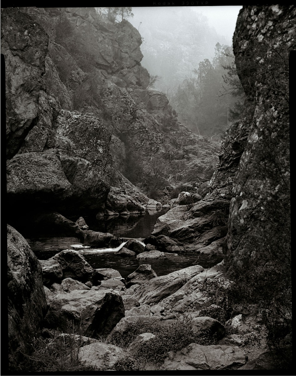 black-and-white-landscape-of-valley