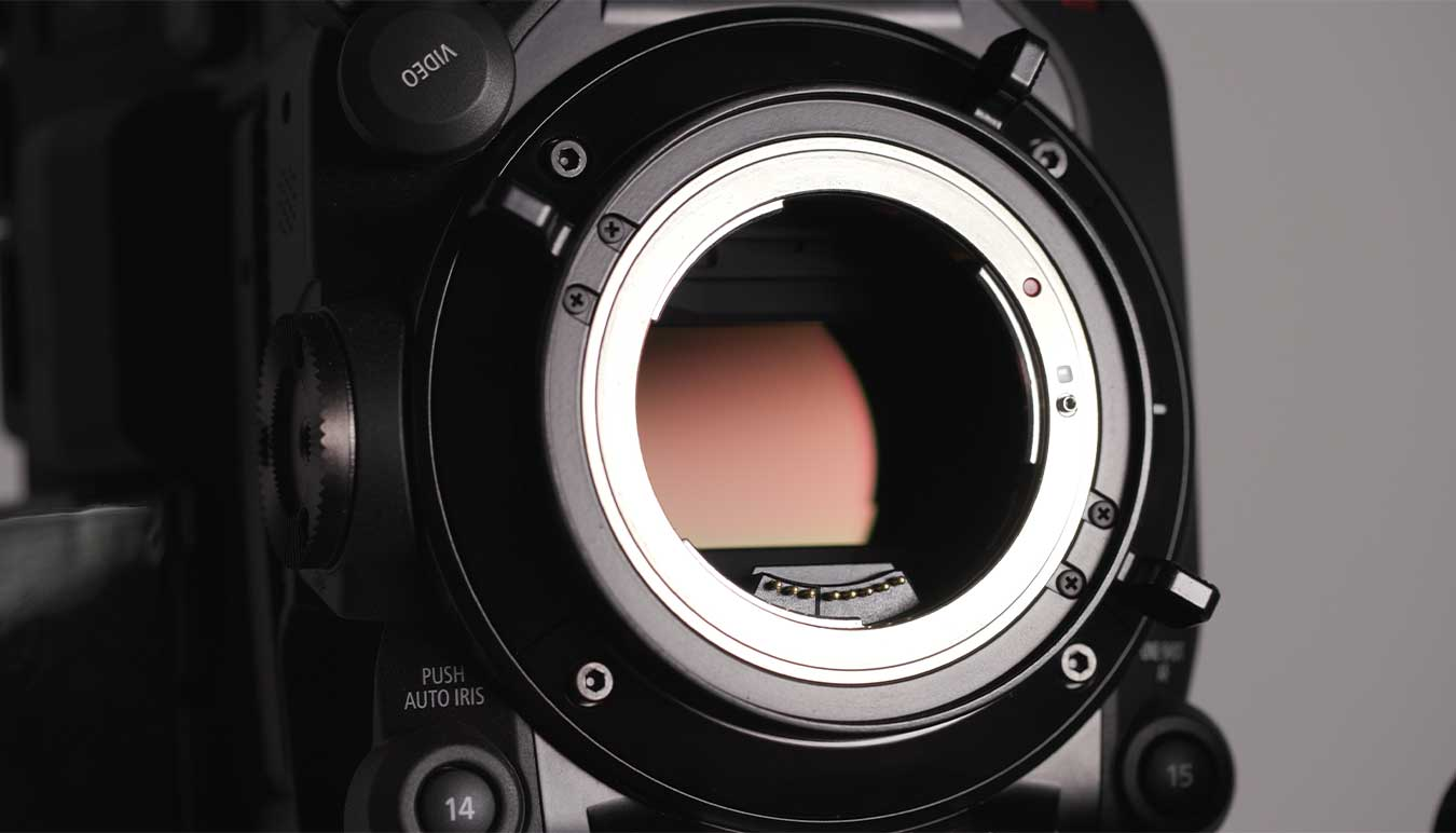 canon-eos-c300-mark-iii-sensor-close-up-by-daniel-congerton