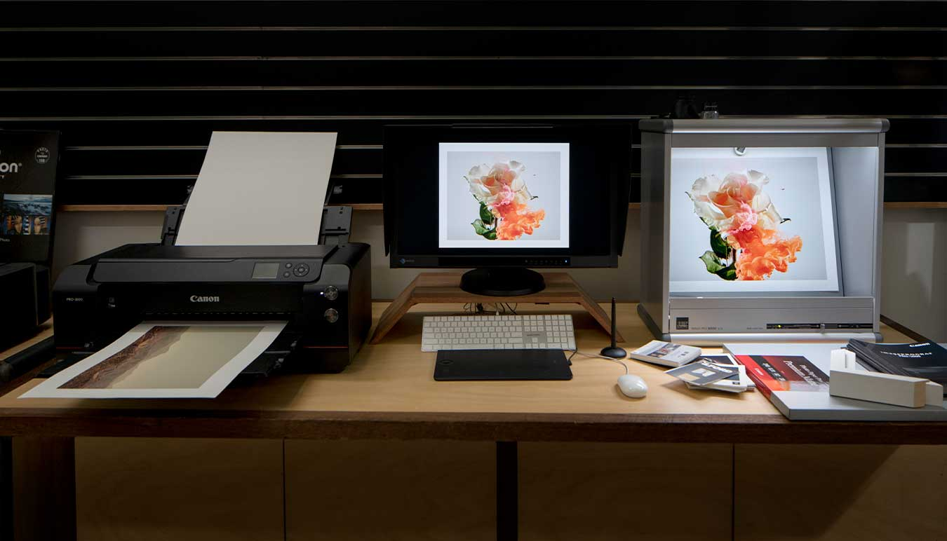 printer-set-up-including-calibrated-monitor-and-consistent-print-viewing-area