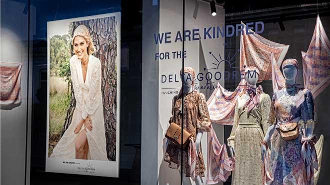 shopfront-window-showing-fashion-photo-of-delta-goodrem-wearing-charity-fundraising-scarf