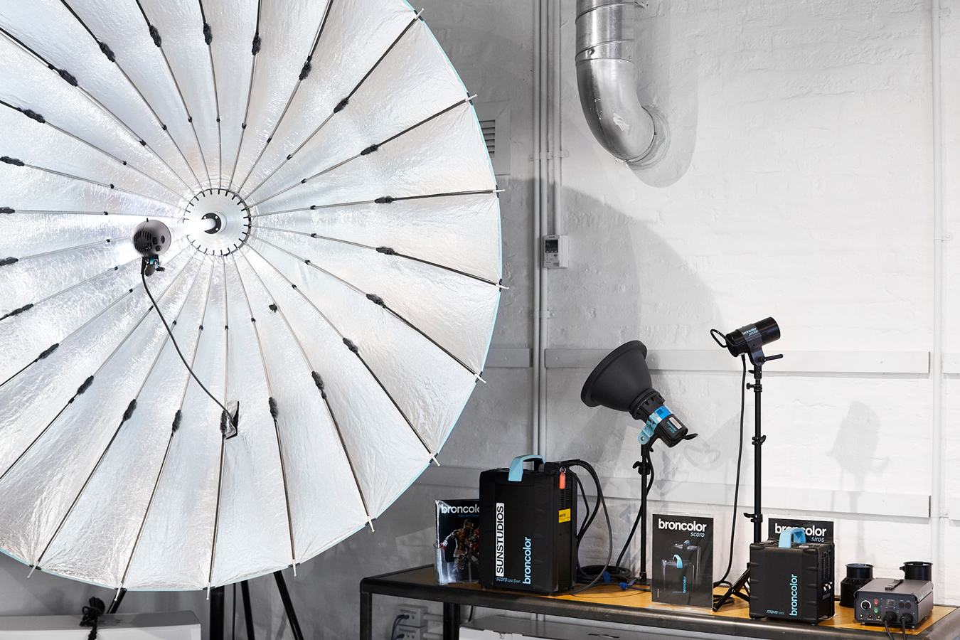 SUNSTUDIOS Melbourne Professional Showroom for Camera Products, Sales and more.