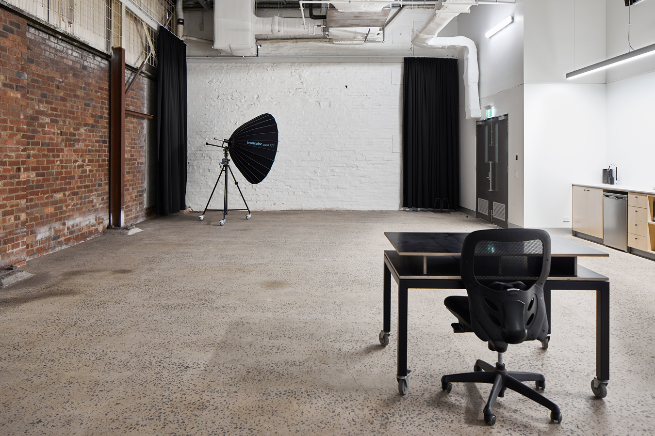 SUNSTUDIOS Melbourne Studio 2 professional photography space for hire